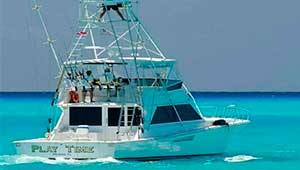 Playa del Carmen yacht rentals luxury charter yacht private snorkel tour